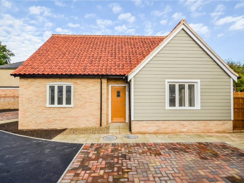 Melcon homes building projects in norfolk suffolk and for Bungalow builders